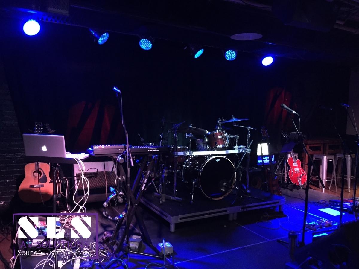Live Entertainment & Sound